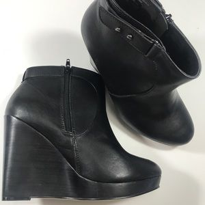 Torrid wedge booties size 10w